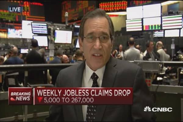 Jobless claims down 5K to 267,000