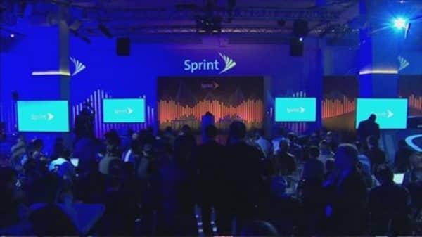 Verizon and Sprint owe customers a refund