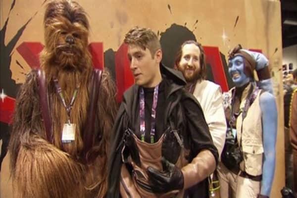 'The Force Awakens' breaks $1B record