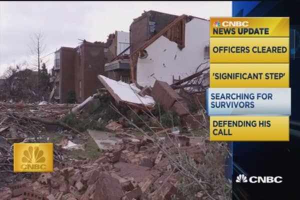 CNBC update: Rescuers search for Texas tornado victims