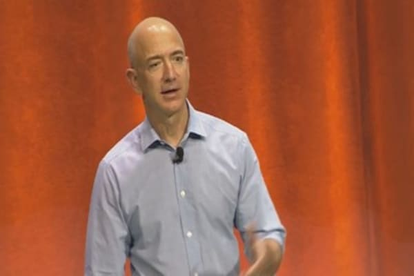 Bezos wants an Oscar in 2016