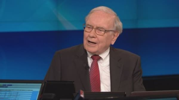 Warren Buffett faces worst year since 2009