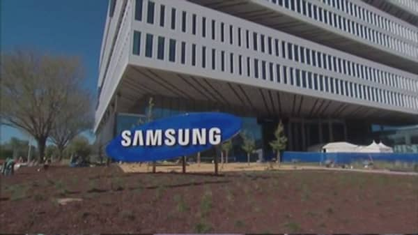 Samsung shares drop after CEO warning