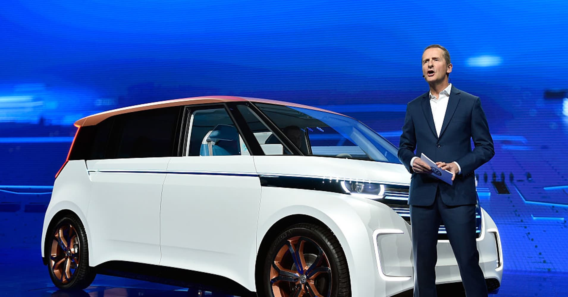 Ford and VW considering an expansive alliance likely to echo across the global auto industry
