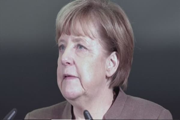 Merkel's office sealed off due to suspicious package