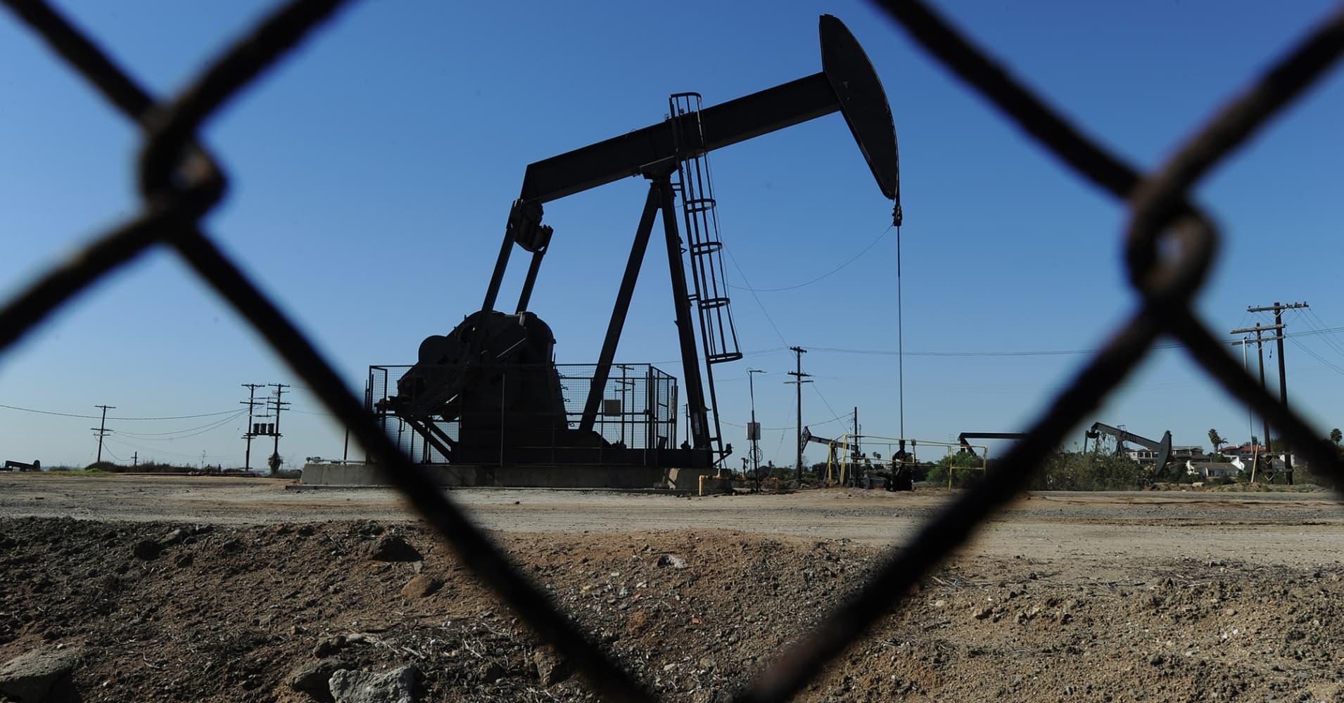 Marathon Oil Stock Quote Marathon Oil Surges After $950M Assets Sale