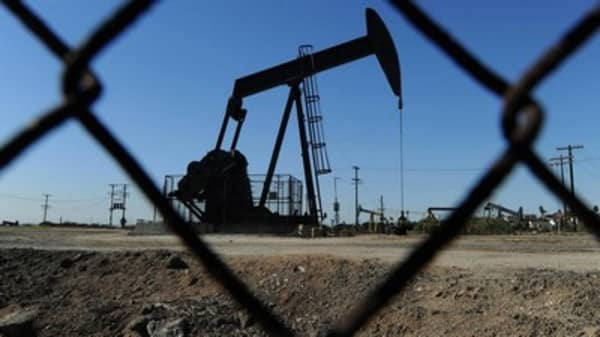 Oil could slip to $18: Pro