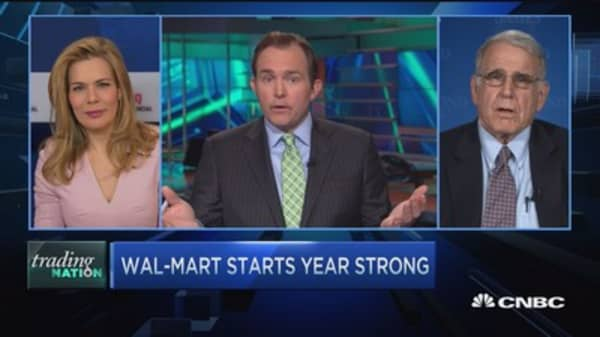 Wal-Mart starts 2016 strong
