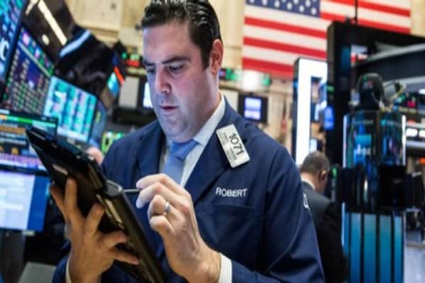 Wall Street shows signs of steadying after slide