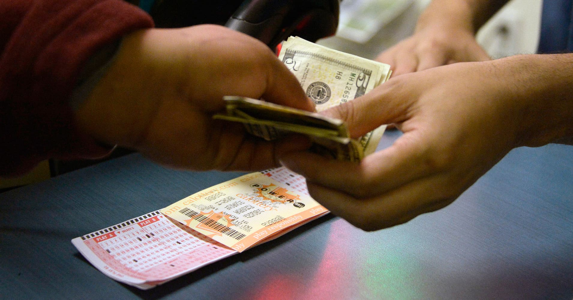Here's how much taxes will shave off that record $758.7 million Powerball