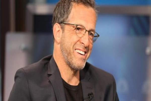 Kenneth Cole: Find opportunity, fill the void