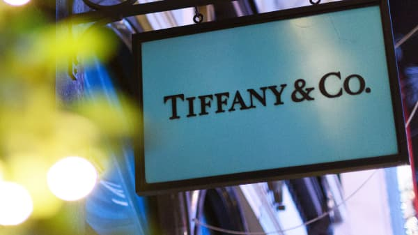 Tiffany store sign
