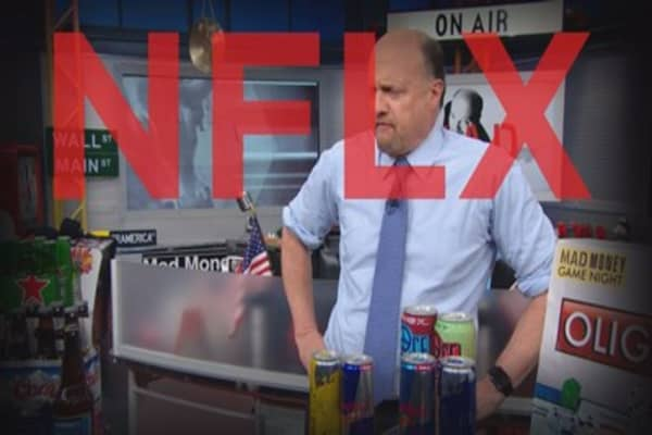 Cramer Remix: Is Netflix binge-worthy?