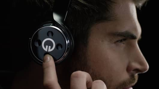 Muzik Convertible Headphones