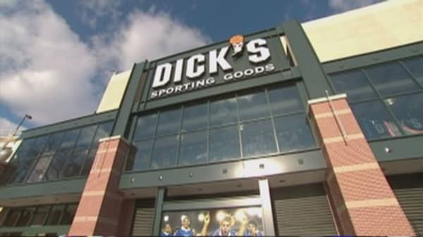 Dick's to benefit from Sports Authority woes