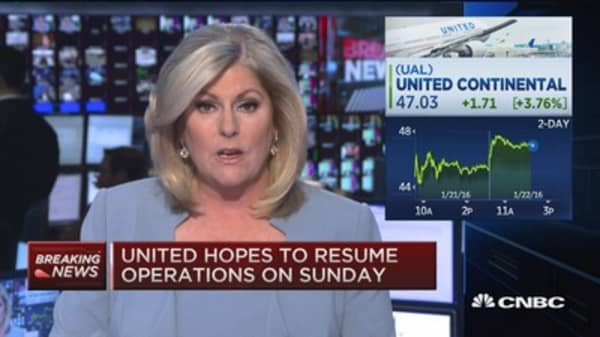 Weather shuts down United airlines NYC operations