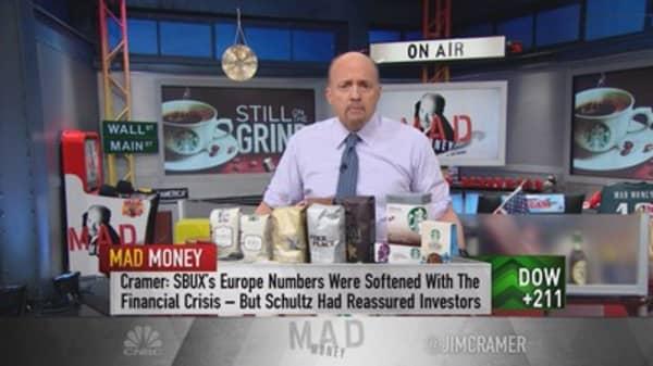 Cramer: It's time to start trusting Howard Schultz