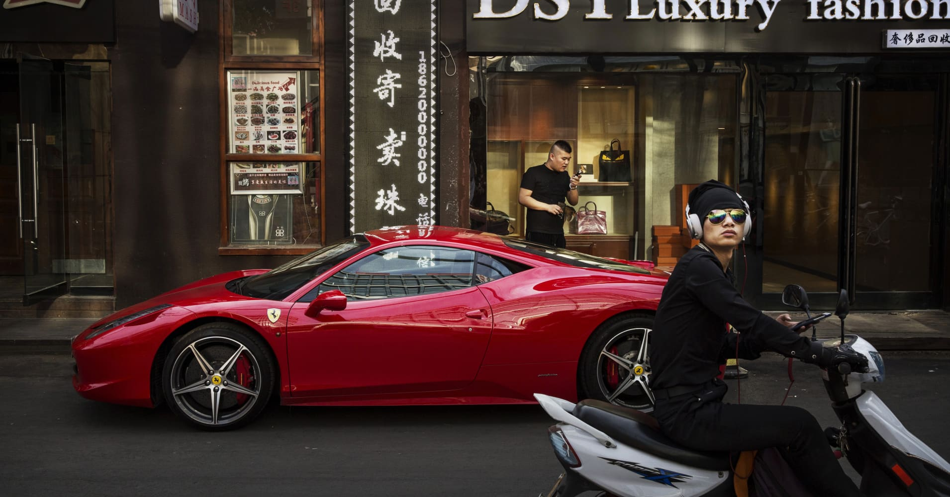 Study reveals where the ultra-wealthy are actually putting their money