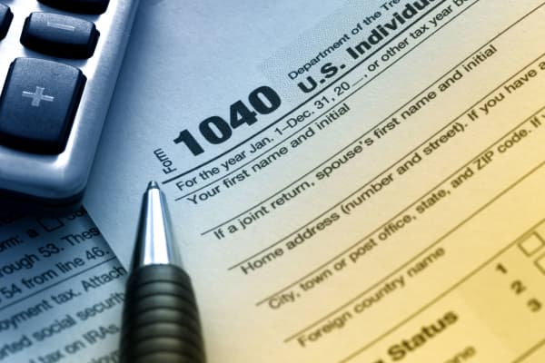 Tax form taxes