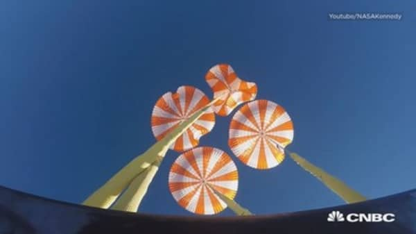 SpaceX successfully tests parachute for Crew Dragon spacecraft