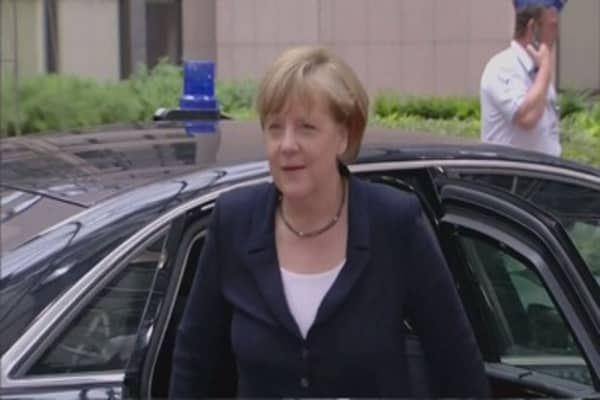 Germans want Merkel to resign over refugee policy