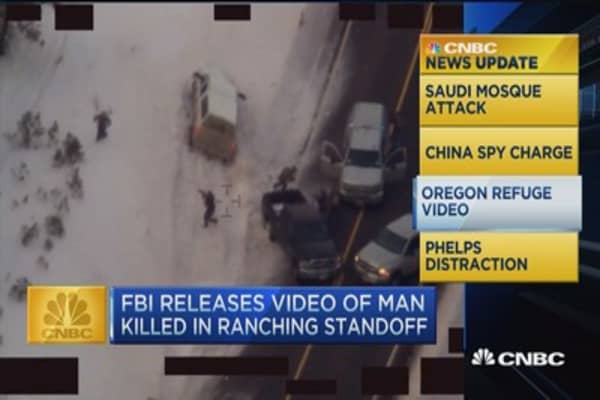 CNBC update: FBI releases Oregon standoff footage