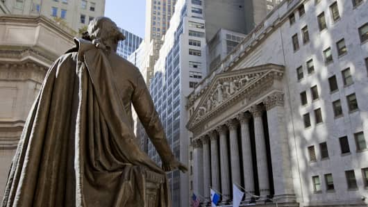 Stock Exchange building with George Washington