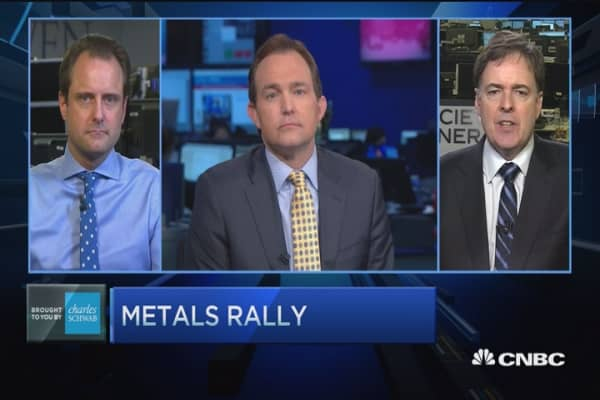 Metals will go lower: Pro