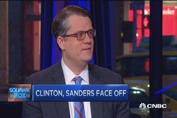 Clinton, Sanders go head-to-head in fiery debate