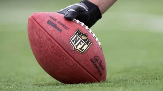 Image result for ESPN's Fantasy app crashes on NFL's opening day images