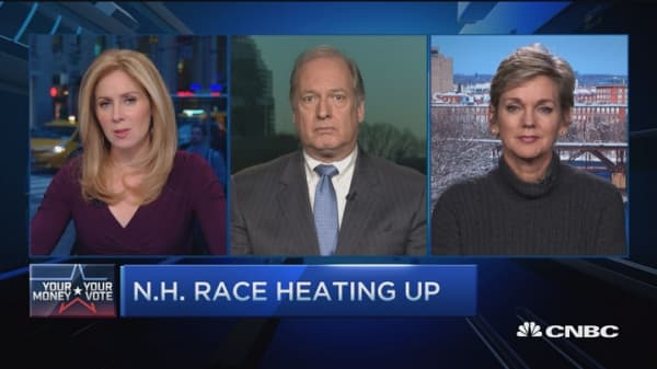 Trump holds lead in tight NH race