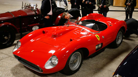 Ferrari Dealership Ohio >> Buyer of $35.7 million Ferrari revealed: Sources