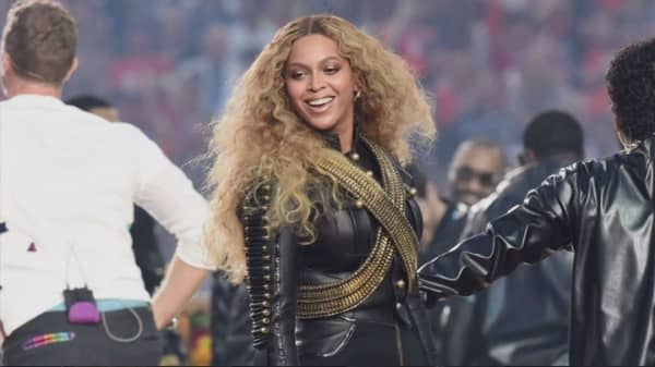Red Lobster sales jump following a Beyoncé mention