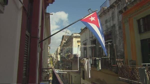 Cubans rush to US amid island rumors