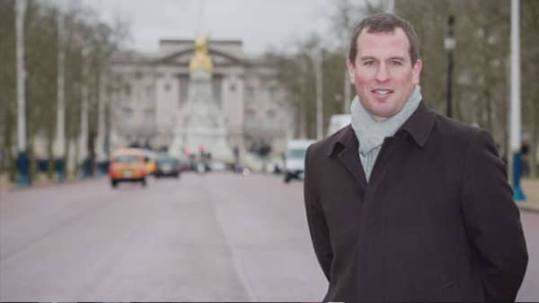 Queen's grandson faces heat over birthday party contract