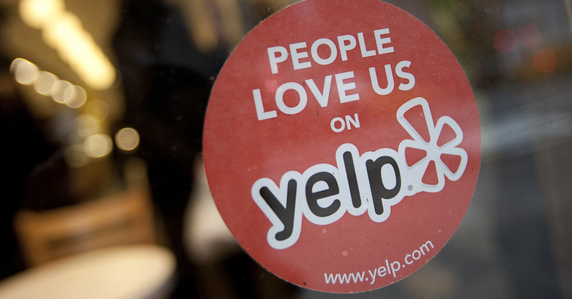 Racist viral video lawyer aaron schlossberg s law firm yelp bombed