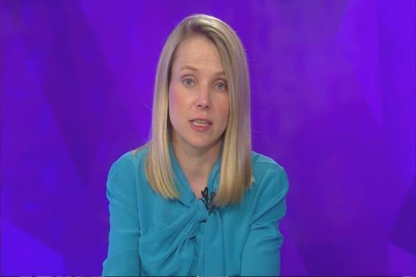 Yahoo layoffs begin today
