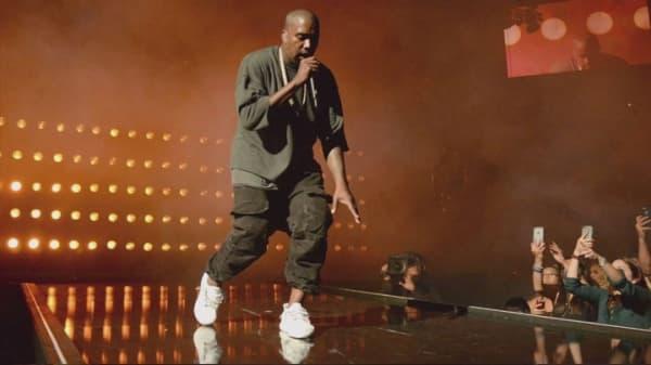 Martin Shkreli offers Kanye West $10M for new album