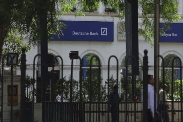 Deutsche Bank to buy back more than $5B in bonds