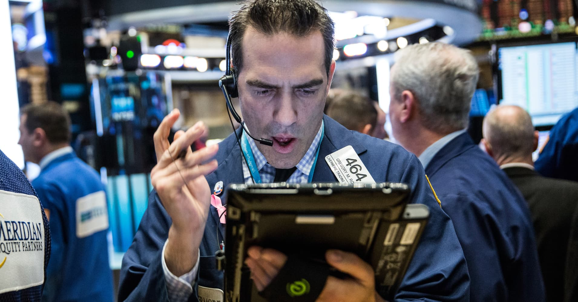 US stocks fall as Amazon drags tech lower