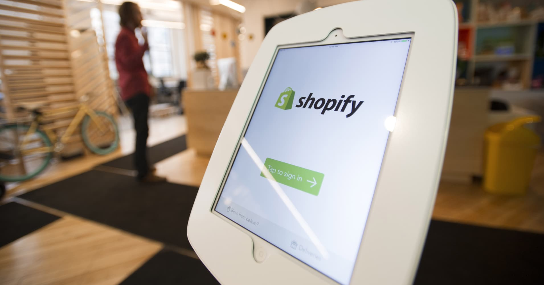 Shopify shares dive after tepid guidance, worries about future growth