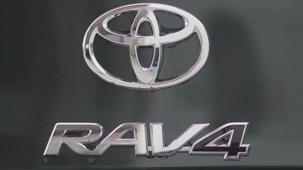 Toyota recalling 2.9M cars over seatbelt problem