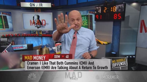 Cramer: Apple just became a value play