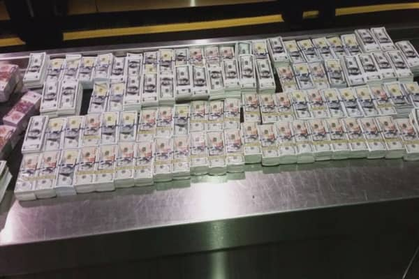 Couple caught smuggling $5M in fake money