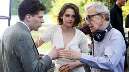 Kristen Stewart, Jessie Eisenberg and Woody Allen working on Woody Allen's newest film on October 21, 2015 in New York City.