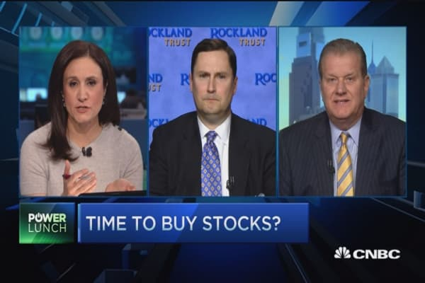 Stock picks in mixed market