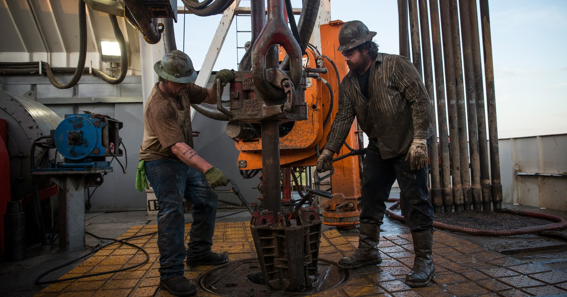 Oil's Black Friday drop could hit drilling budgets for 2019