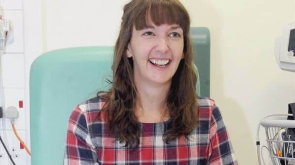 Ebola nurse back in hospital