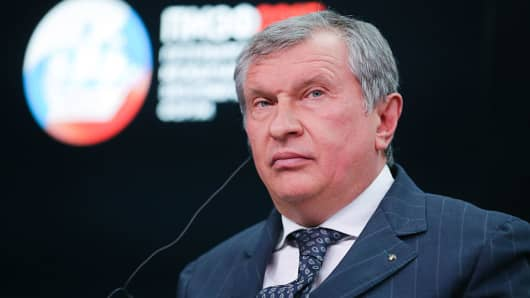 Igor Sechin, chief executive officer of OAO Rosneft, pauses during a session at the St. Petersburg International Economic Forum (SPIEF) in Saint Petersburg, Russia, on Friday, June 19, 2015.