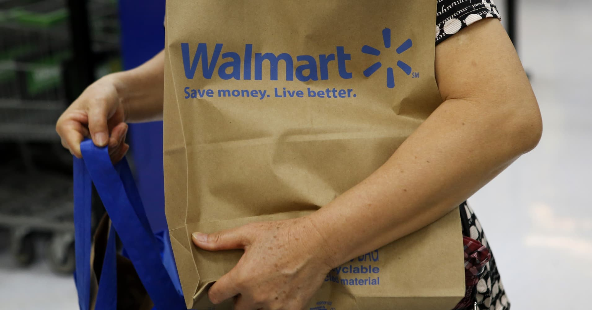 walmart reportedly halts controversial shoplifting punishment program